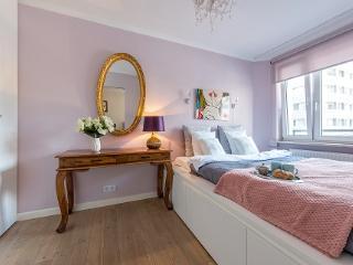 One bed. apt. ZGODA UNDER THE EAGLES 2, Varsovia
