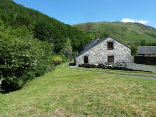 Hendre Bach Farmhouse, Abergynolwyn