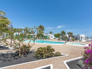 Bandama 15! 2 Bedroom Newly Renovated Bungalow, Los Pocillos, Puerto Del Carmen.