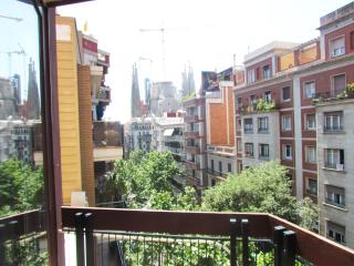 Barcelona, Lovely Apartment Sagrada Familia (M)