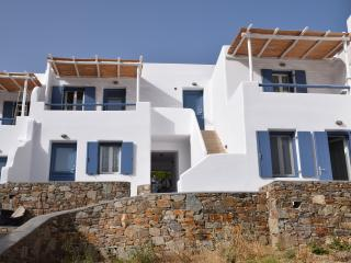 Rocky stone, simple white and vivid blue offer a unique cycladic aura