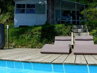 Riverside chalet 2 with heated pool near Biarritz