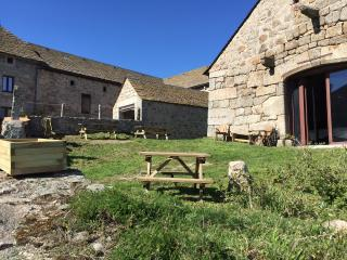 Grange restaurée de 300 m2, Aumont Aubrac