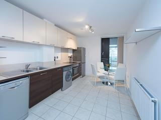 A well presented 1 bedroom apartment in Docklands, Londres