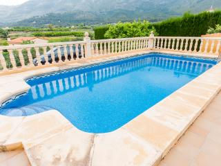 LA SOLANA - Property for 8 people in Parcent