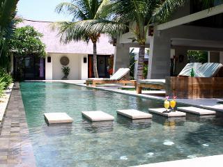 5 Bedroom Villa w/ Tranquil Tropical Garden in Central Seminyak;