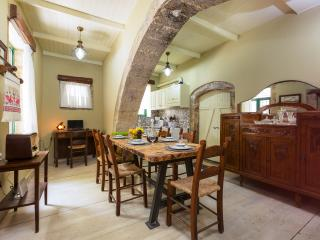 Patrico, Historical Stone Made House, Rethymnon