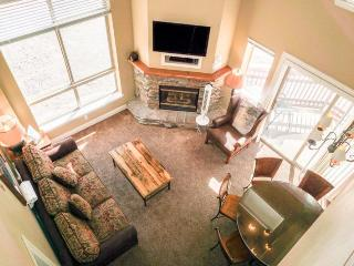 The Mountain Club #301 Top Corner Two Bedroom Loft Suite, Kirkwood