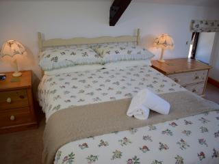 Honeysuckle Cottage, Ocean Views in North Devon, Bideford