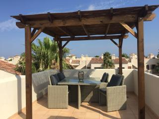 Luxury 2 bedroom penthouse with free wifi, Los Alcazares