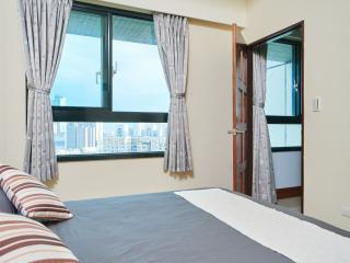Heaven's View 1300 sq ft 3BR/2bath, Taipei