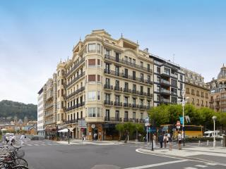 La Concha Suite 2 Apartment, San Sebastian - Donostia
