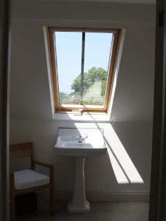Ensuite Bathroom (Top Room)