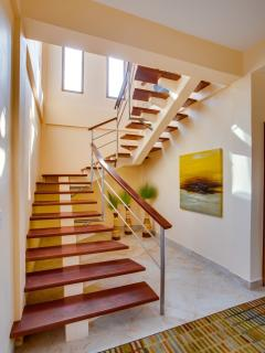 Airy open staircase