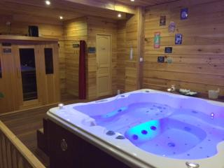 Le chalet de Louise SPA,SAUNA,MASSAGES,FITNESS