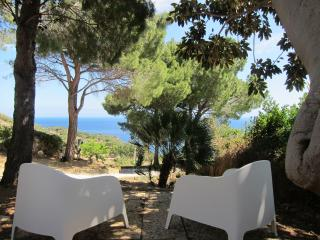 Wonderful Mediterranean villa opposite the seaWiFi, Scopello