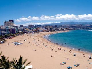 Enjoy urban life and Las Canteras beach, Las Palmas de Gran Canaria