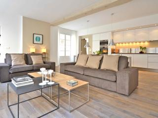 Bourbons, 3BR/3R, 6 people, Paris