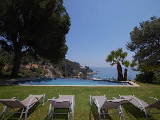 Villa Gavina - directly on the beach!, Tossa de Mar