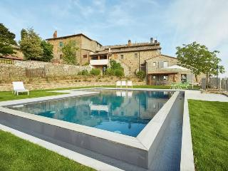 ROMANTIC LUXURY COUNTRY-HOUSE UP TO 8 GUESTS