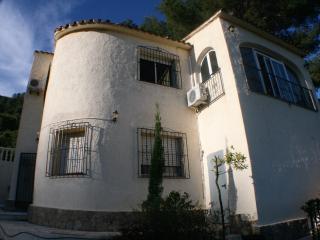 Freistehende Villa mit Pool und Garten, Benidoleig