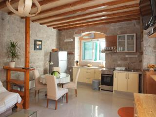 4 star luxury studio apartment - Split city center