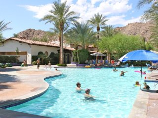 Best Location! Upgraded 3BD/3BA Villa right at Clubhouse Overlooking Hammock Garden - L48, La Quinta