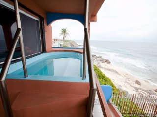 Casa Roca Caribe Upper Jacuzzi Level