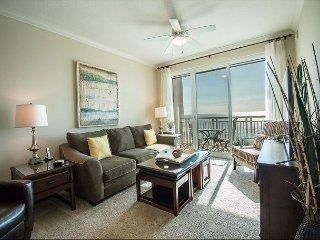 Beautiful 2 bedroom / 2 bath condo with Gulf views!, Gulfport