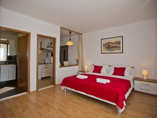 Studio apartment Borki 4, Hvar