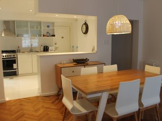 Modern 2 bedroom apartment in the hear of Recoleta, Buenos Aires