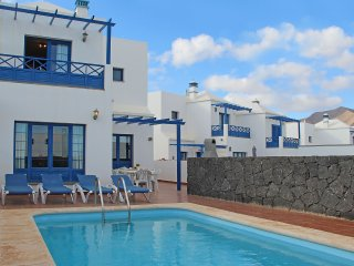 Three bed villa just 5 mins walk to Marina Rubicon, Playa Blanca