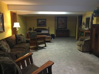 Walkout Basement W/ Mountain View