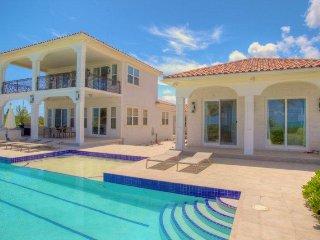New Secluded Beachfront Luxury Villa