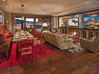 One Steamboat Place - Guadalupe Mountain - Ski-in/Ski-out Luxury