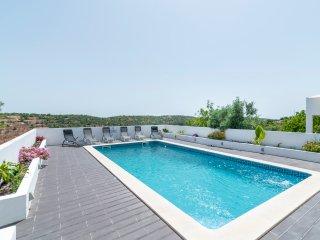 Villa Com Piscina Privada , perto de Albufeira