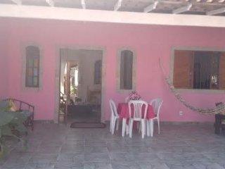 Casa mobiliada a 150 metros da lagoa., Araruama