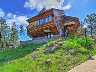 Luxe Boulder 'Barrett House' on Mtn Peak w/Hot Tub