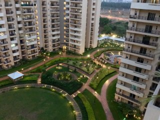 2BHK, Modern Fully Furnished Serviced Apt,, Noida