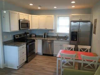 Fully Renovated 1 Bed/ 1 Bath Condo, North Wildwood