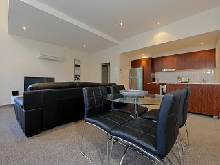 Accommodate Canberra - Metropolitan Towers 3
