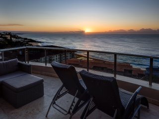 Exquisite Beachfront Living @ Ballito Manor