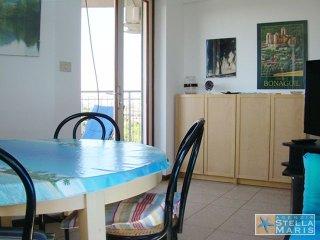 Condominio Due Torri 42A | 4 people | sea view