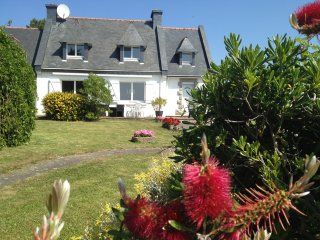 Maison en bord de mer (50 metres) avec jardin