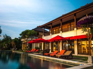 Bali Beachfront  'Villa Puri Purnama' and B&B