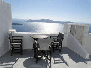 Villa Yposkafo - Santorini Firostefani
