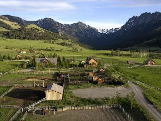 Grizzly Creek Ranch