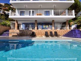 Villa Blue C097, Lloret de Mar