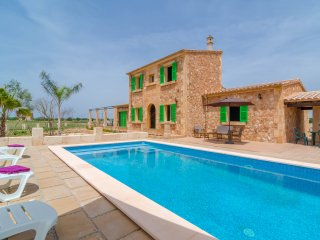 ES CANONS - Property for 6 people in Campos