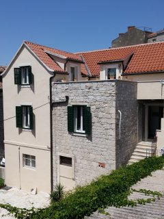 APARTMENT St. PETER OLD **** IN THE HEART OF SPLIT